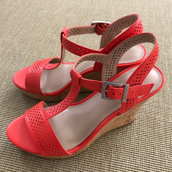 fab2f42e17aa Charles David Shoes - Charles David Wedge Sandals Coral Red 7M
